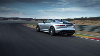 Jaguar F-Ttype SVR coupé 2016 track
