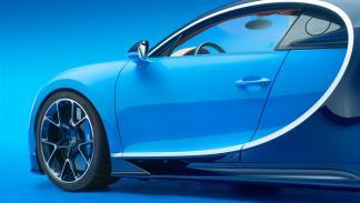 opciones-absurdamente-caras-bugatti-chiron-fibra-carbono-retrovisores