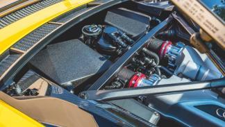 Audi R8 Plus Underground Racing motor