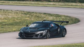 Honda NSX GT3 frontal lateral marcha