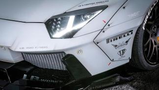 Lamborghini Aventador Liberty Walk faro