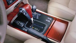 Toyota Land Cruiser empezó a recibir acabados de lujo
