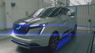 W Motors Iconiq Seven Concept estudio