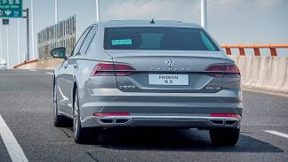 VW Phideon zaga