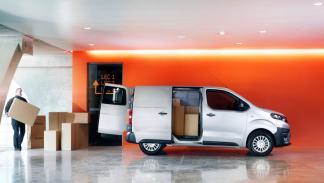 puertas interior del Toyota Proace Verso