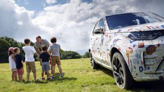 Land Rover Discovery 2017 camuflaje