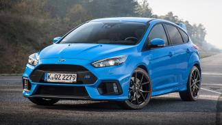 coches-odia-gente-normal-apasionan-aficionados-Ford-Focus-RS