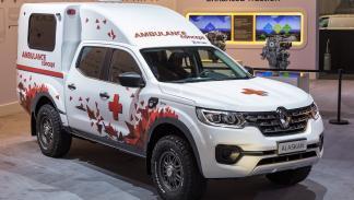 El Renault Alaskan ambulancia