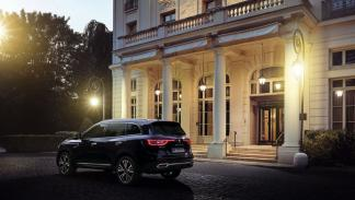 Renault Koleos Initiale Paris trasera