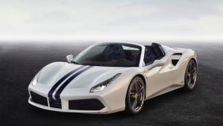 El Spider blanco (Ferrari 488 Spider)