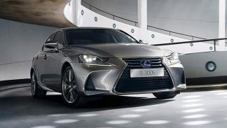 Lexus IS 2017 Salón París frontal