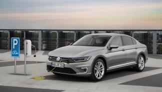 Volkswagen Passat GTE recarga