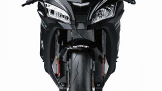 Kawasaki-Ninja-ZX-10RR-2017-2