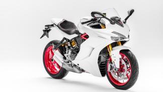 Ducati-SuperSport-2017-2