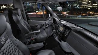 Brabus VIP Conference Lounge asientos delanteros