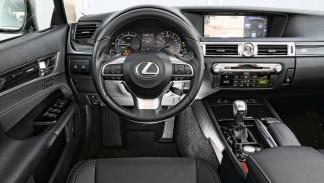 Interior del Lexus GS 300h
