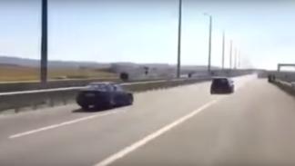 Carrera ilegal entre un BMW M3 V10 y un Golf R32 V10 (3)