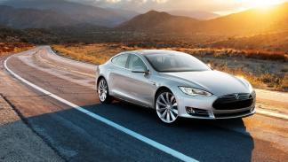 Tesla Model S berlina eléctrica lujo