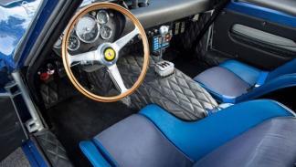 Ferrari 250 GTO de 1962 interior