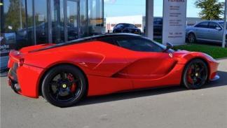 Ferrari LaFerrari 10 millones