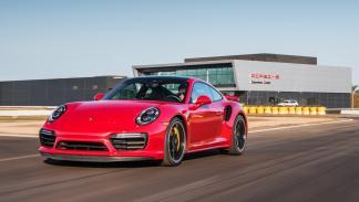 Porsche Experience Center LA circuito