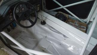 BMW M3 E30 interior