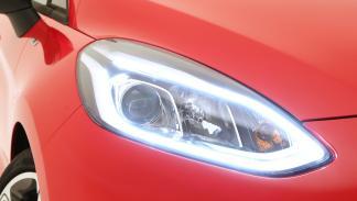 Nuevo-Ford-Fiesta-2017-faro-delantero