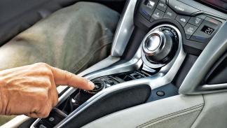 Honda NSX consola central