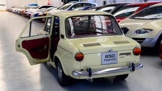 Seat-850-4p-Especial-Lujo-puertas