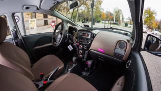 Emov-Carsharing-Citroën-C-Zero-interior