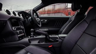 Ford Mustang vs. Ford Capri (III)