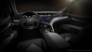 Toyota Camry 2017 3