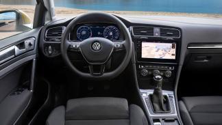 Volkswagen Golf 2017 pantalla consola central