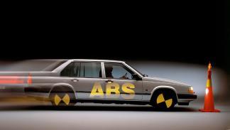 mejores-inventos-automóvil-abs