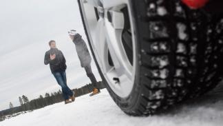 Cómo conducir sobre hielo: Andreas Mikkelsen (II)