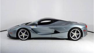 Ferrari LaFerrari Grigio Titanio lateral