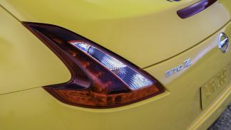 Nissan 370Z Heritage Edition detalle piloto