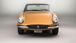 subasta Ferrari 330 GTC 1966 delantera