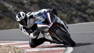 Nueva-BMW-HP4-Race-2