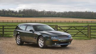 Aston Martin V8 Sportsman delantera