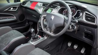 Citroën DS3 Cabrio Racing interior