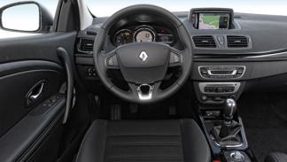 Salpicadero del Renault Mégane Coupé 2014