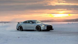 Nissan GTR Hielo drift