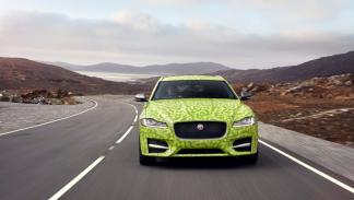 Jaguar XF Sportbrake 2017 camuflado