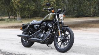 Prueba-Harley-Davidson-Iron-883-2017-estática