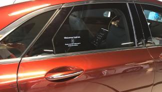 conducción autopilotada puerta Intel