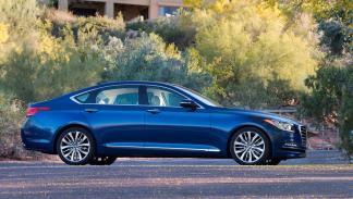 Hyundai Genesis berlina lujo corea