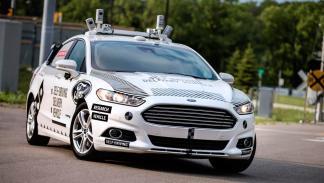 Los coches autónomos de Ford reparten Domino's Pizza (II)
