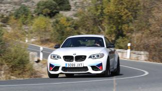 Prueba BMW M2 M Performance (curva)