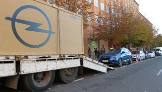 Primer coche reservado a través de internet en España